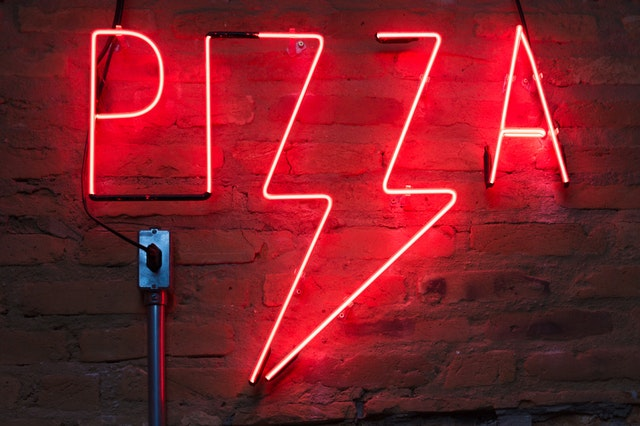 pizzeria warszawa neon